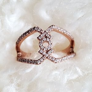 Jewelry - Ring size 10